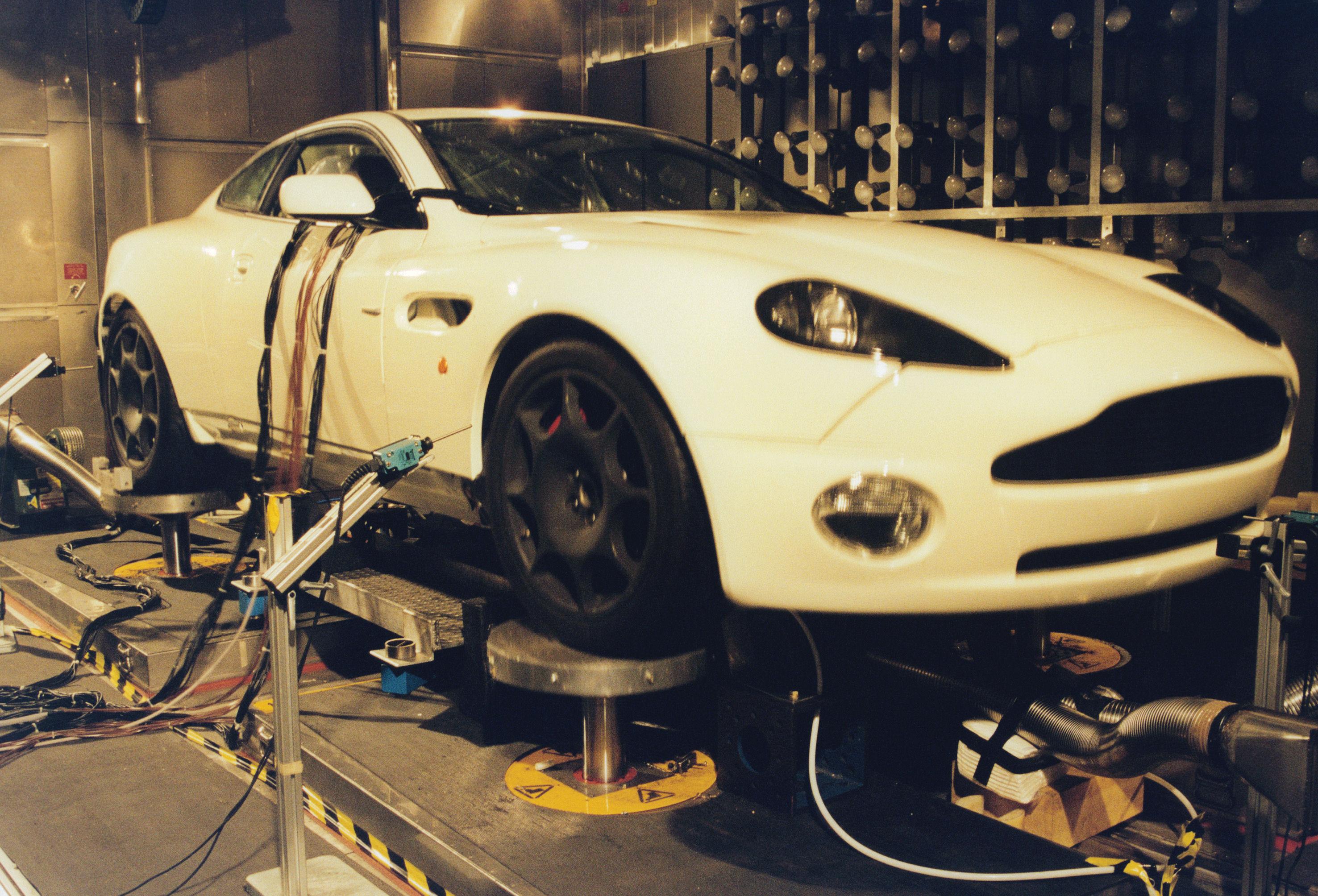 Aston MARTIN V12 Vanquish 01-07 Workshop parti /& OBD Manuale Set ristampa